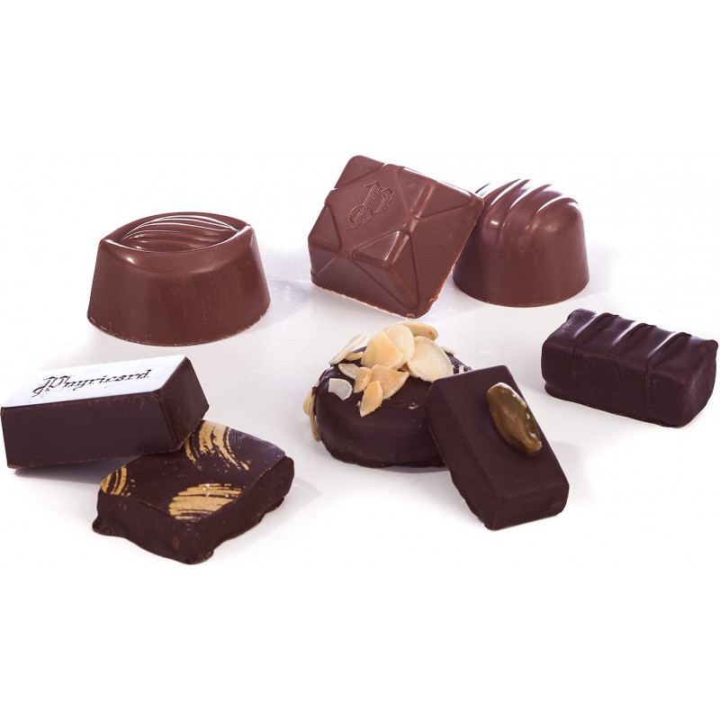Oeuf de Pâques chocolat écailles garni 15cm