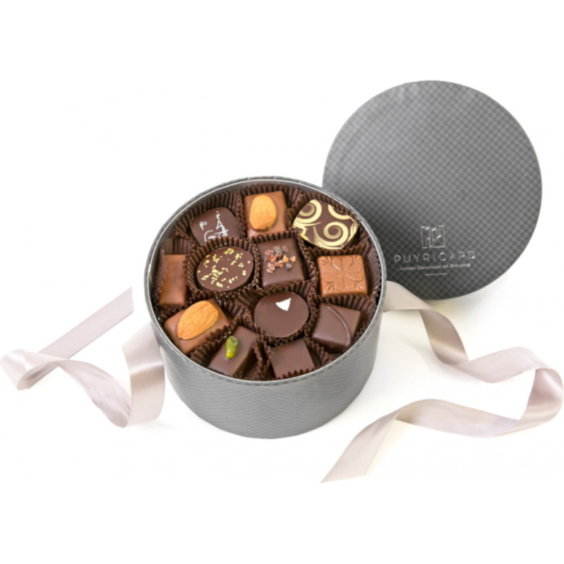 HAT BOX OF CHOCOLATES 400 G