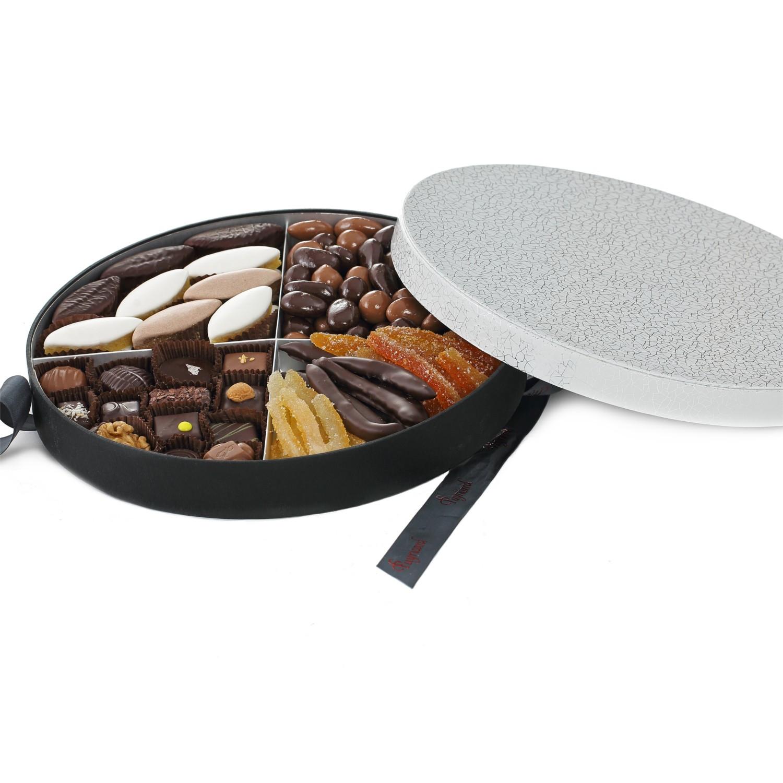 HAT BOX OF CHOCOLATE TRUFFLES 520 G