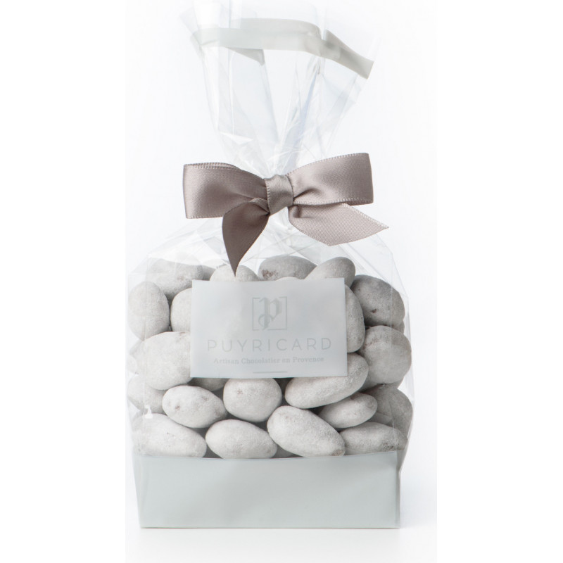 A BAG OF AMANDAS AND AVELINAS IN PRALINE AND ICING SUGAR 200 G